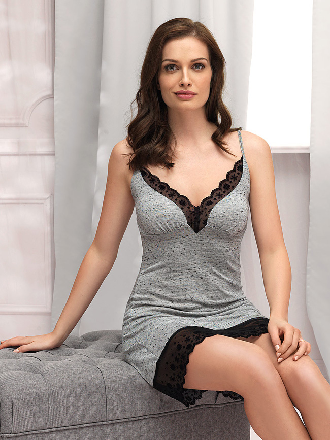 Pajamas grey with lace