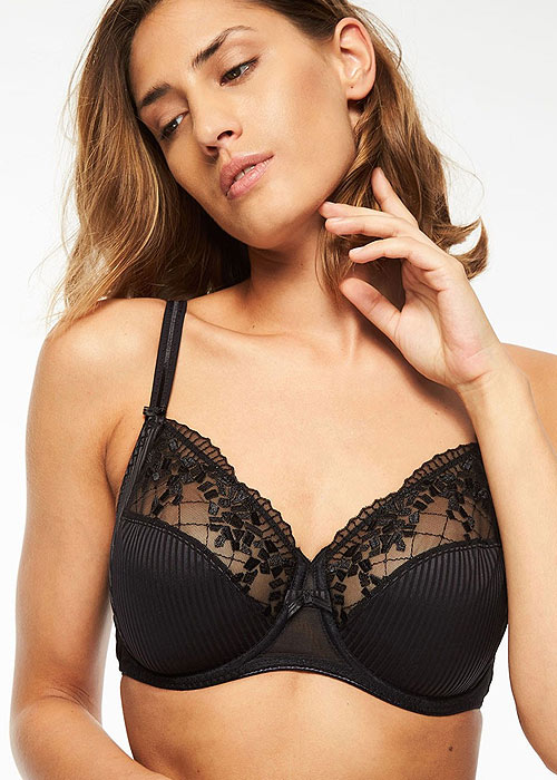 Chantelle-Pont-Neuf-3-Section-Bra-black
